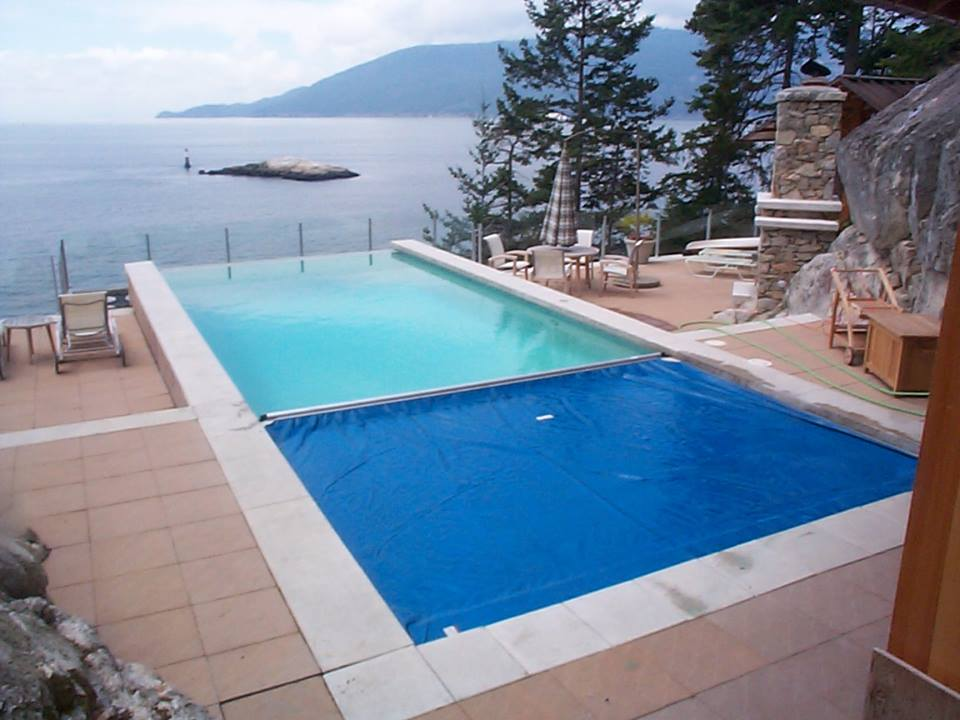 Langley automatic pool safety covers 250 for Pool design kelowna