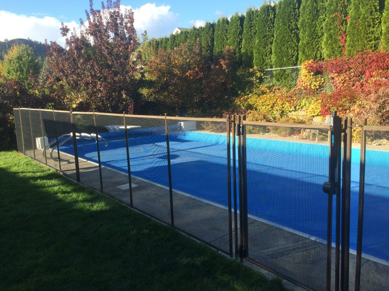 Removable Pool Fences in Vancouver, Victoria, Kelowna and Interior BC